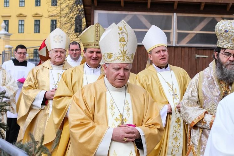 Határon túli magyar püspökök találkozója   RomKat.ro